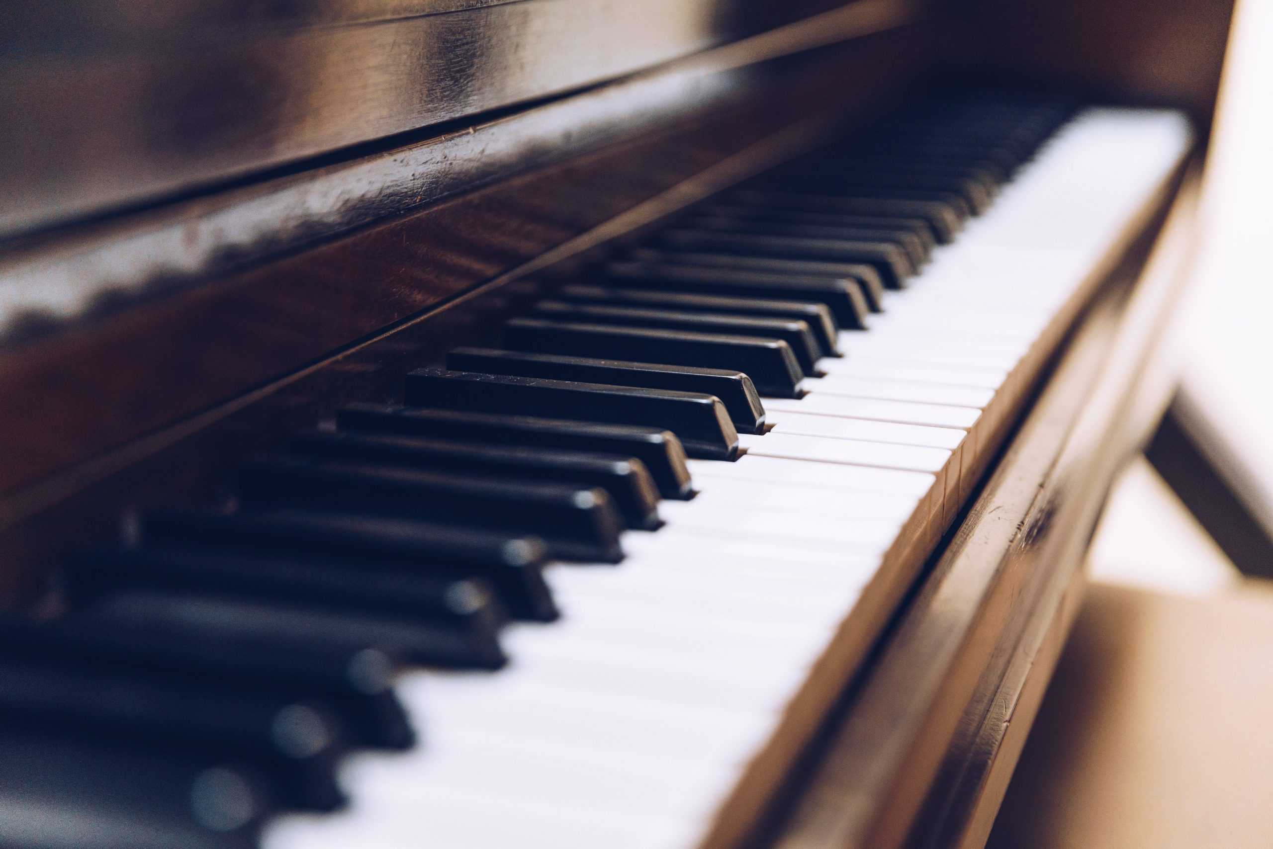 piano-keys-close-up